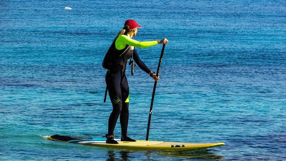 Paddleboarder_Shark Shield_Freedom+ Surf